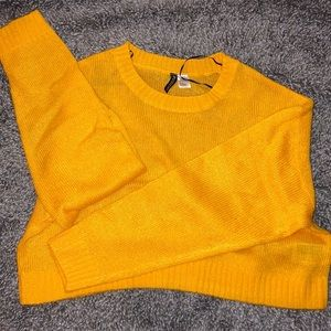 H&M plain yellow sweater.